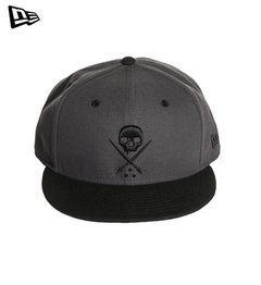Gorra Plana New Era Sullen Eternal Fitted Grey Original