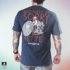 Remera God Of War Be A Warrior Gris Oscuro - comprar online