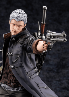 Nero (1/8) Devil May Cry 5 - Kotobukiya - Geek Spot
