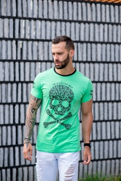 Camiseta Long Line Green Skull na internet