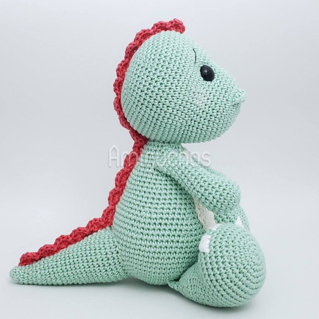 This amigurumi dinosaur is just so cute! Download the pattern ... | 1024x1024