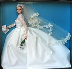 Grace Kelly The Bride Barbie doll na internet