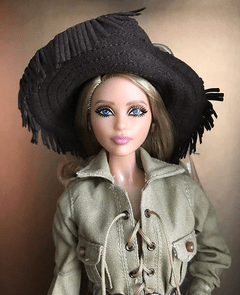 Barbie Yves Saint Laurent Safari - loja online