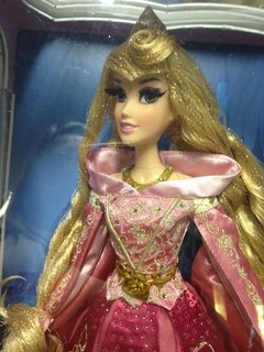 Aurora Disney Limited Edition Doll na internet