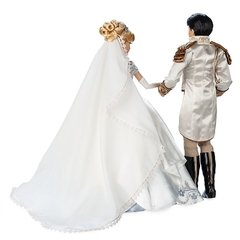 Cinderella and Prince Charming Limited Edition Wedding doll set na internet