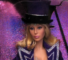 Cher Bob Mackie Barbie doll - The Ringmaster - comprar online