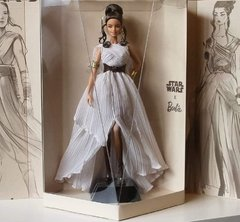 Star Wars Rey x Barbie doll na internet