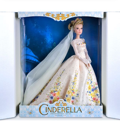 Disney Store Platinum Cinderella Wedding Limited Edition doll