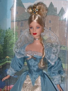 Princess of Danish Court Barbie Doll na internet