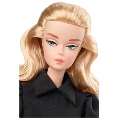 Barbie Best In Black Doll - comprar online