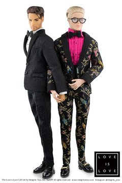 Imagem do Love is Love Cabot Clark and Milo Montez Wedding Gift Set