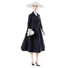 Grace Kelly The Romance Barbie doll - comprar online