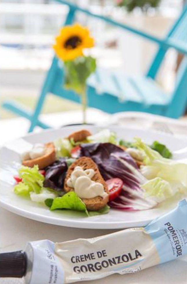 Salada com Creme de gorgonzola