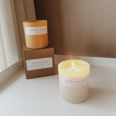 JUNKY CANDLE - Honey Suckle / Calm Fields - comprar online
