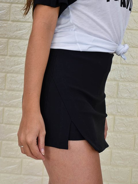 Short Saia Fenda Bilateral Preto