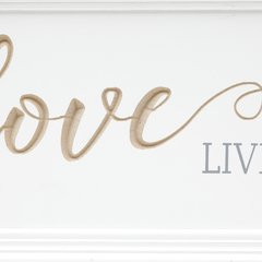 "PLACA DE MADEIRA PARA PENDURAR ""LOVE LIVES HERE"" - Kazii Home Fashion"