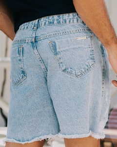 SHORT JEANS DESTROYED MASCULINO - comprar online
