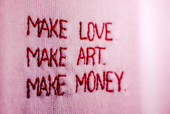 MAKE LOVE|ART|MONEY (2) - comprar online