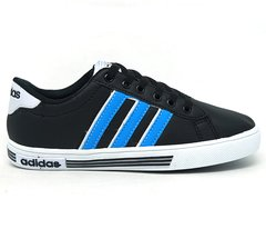 Tênis Adidas Daily Team K