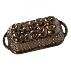 Molde Apple Basket Loaf Nordic Ware®