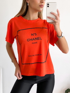 Remera estampada N°5 Channel - BENKA