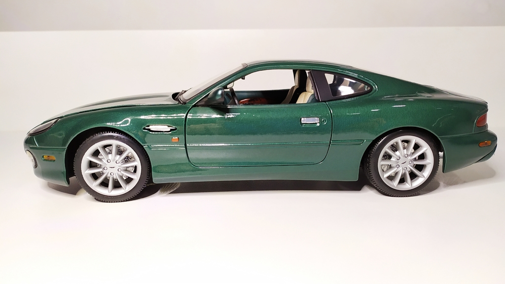 Aston Martin Db7 Vantage Casa Do Colecionador