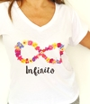 Remera escote V Infinito Flores (Outlet)