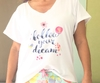 Remera escote V Follow your dream