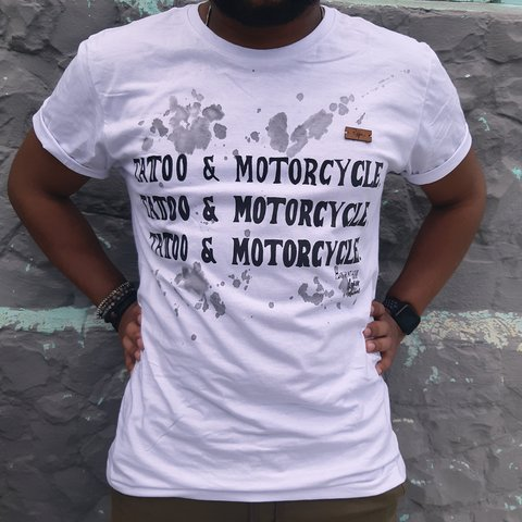 CAMISETA TATTOO & MOTORCYCLE BY PANO PINTADO na internet