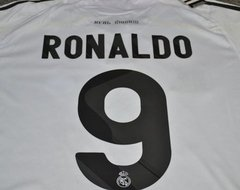 Camisa retrô Real Madrid ''Ronaldo'' 2009/2010 na internet