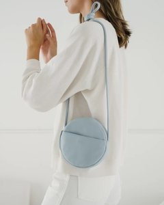SOFT MINI CIRCLE PURSE na internet