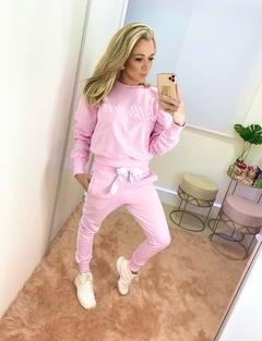 CONJUNTO MOLETOM BLESSED ROSA BEBÊ - People Fit - Moda Fitness - Atacado e Varejo