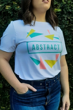 CAMISETA FEMININA CASUAL LOOK  ABSTRACT