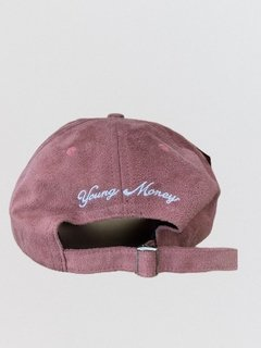 Boné Snapback NYC Young Money Suede Rosa na internet