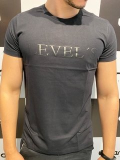 Camiseta Level's Jeans Look Plastisol - Preto