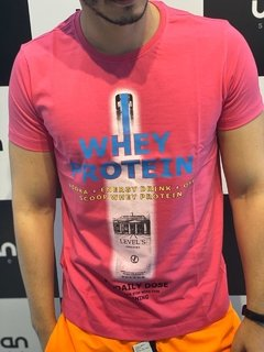Camiseta Level's Jeans Whey Drunk - Pink