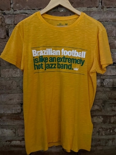 Camiseta Osklen Brazilian Football - Amarela Rough