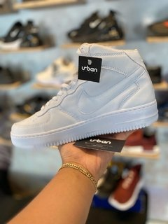 Tênis Nike Air Force 1 Mid Branco