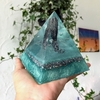 Orgonite Vassoura de Bruxa
