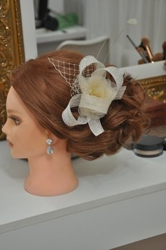 Fascinator off white