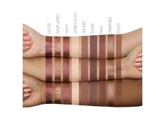 The New Nude Eyeshadow Palette - comprar online