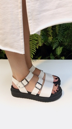 Sandália Birken Off-White na internet