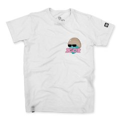 camiseta masculina branca com estampa do album igor do rapper tyler the creator