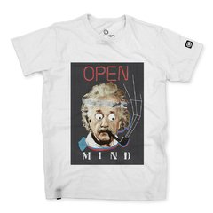 Camiseta Masculina Open Mind Collage na internet