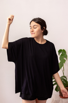 Big tee // all black - comprar online