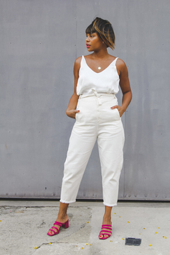 Calça slouchy // all white na internet