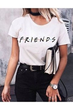 T-SHIRT CAMISETA FEMININA MANGA CURTA BRANCA FRIENDS na internet