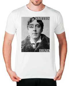 Camiseta Smiths is Dead na internet