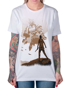 Camiseta Shadow of the Colossus na internet