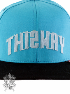 Boné This way Strapback Logo Bordado Blue na internet